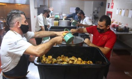 Chefs cabeños y organizaciones Sociales locales apoyan a la comunidad
