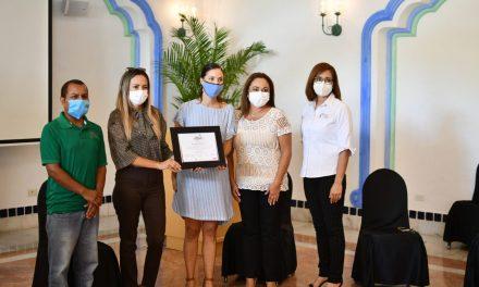 Fundación Letty Coppel y Hoteles de Grupo Pueblo Bonito reciben reconocimiento por su apoyo a la sociedad