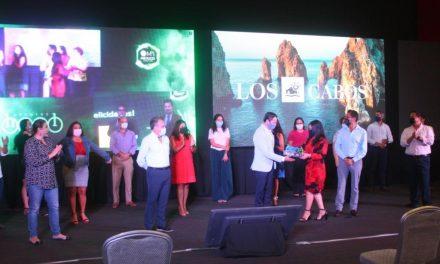 Los Cabos recibe premio de Excelencia como Destino Turístico